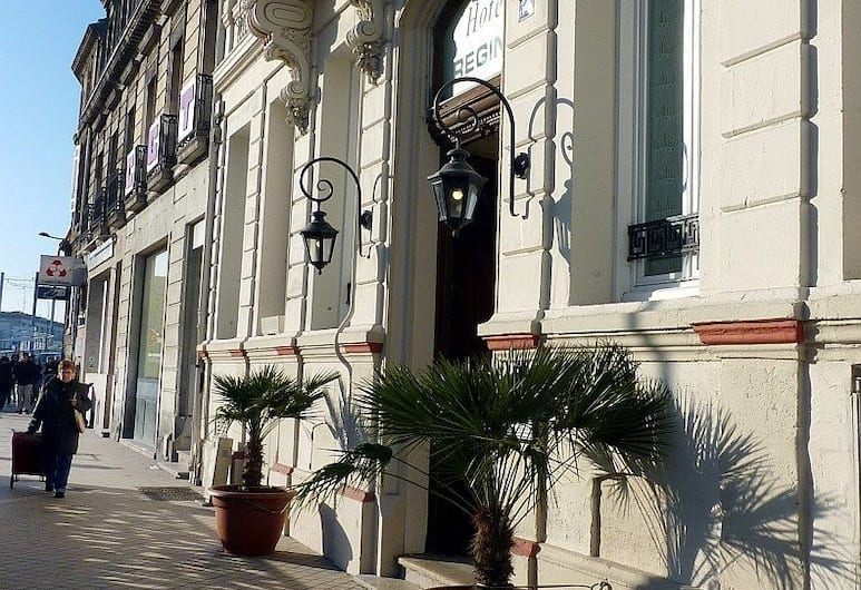 Hôtel Regina, Bordeaux, Hotel Front