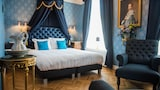 Choose This 4 Star Hotel In Leiden