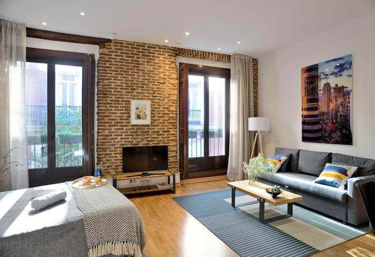 Aspasios San Mateo Boutique Apartments, Madrid, City Studio, Living Room