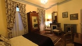 Reserve this hotel in Ille-sur-Tet, France