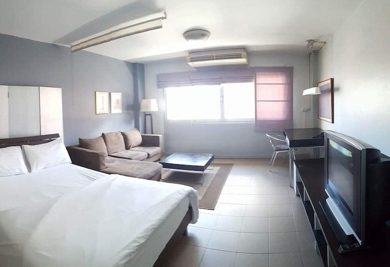 サトーン テラス アパートメント, バンコク, Quiet Night Apartment, 1 Double Bed, Non Smoking, Window, 部屋