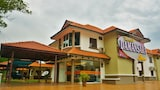 Picture of Kertih Damansara Inn in Kerteh