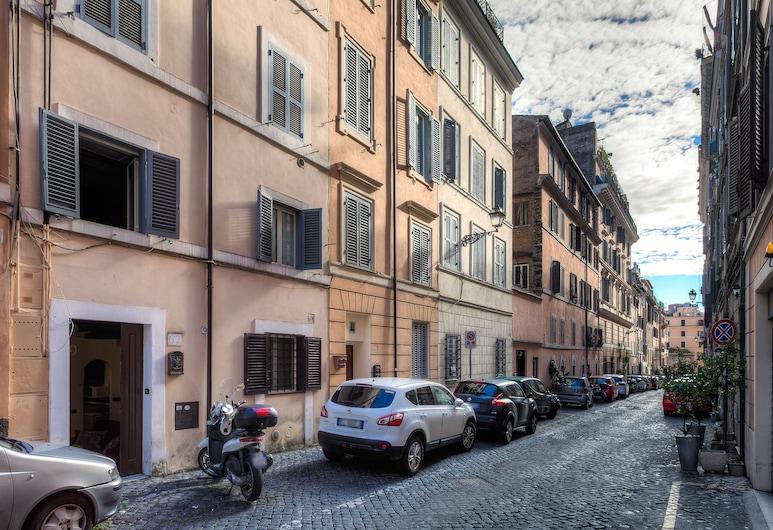 Amar Roma, Róm