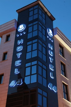 Picture of Hotel 44 in Gijon