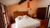 Choose this Apartment in Saint-Marcel-sur-Aude - Online Room Reservations