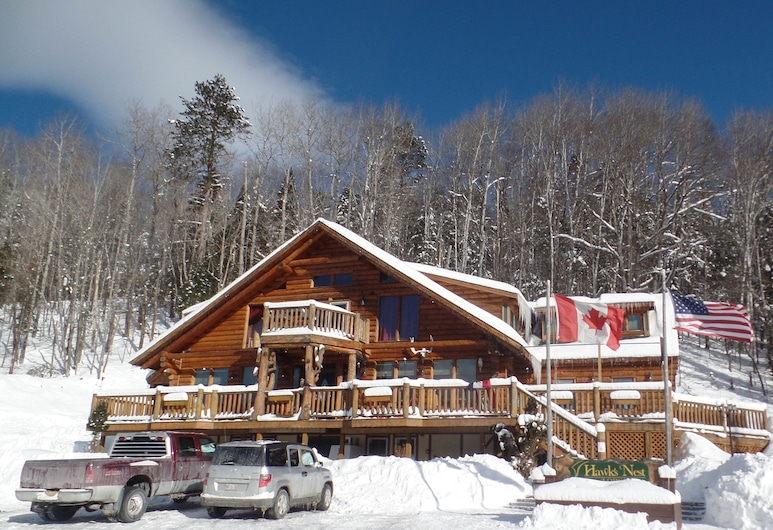 HAWKS NEST LODGE AND RESTAURANT, West Forks, Fassaad