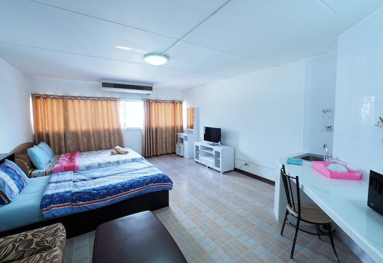 Smart Residence at Muengthongthani, Pak Kret, Triple Room, Guest Room