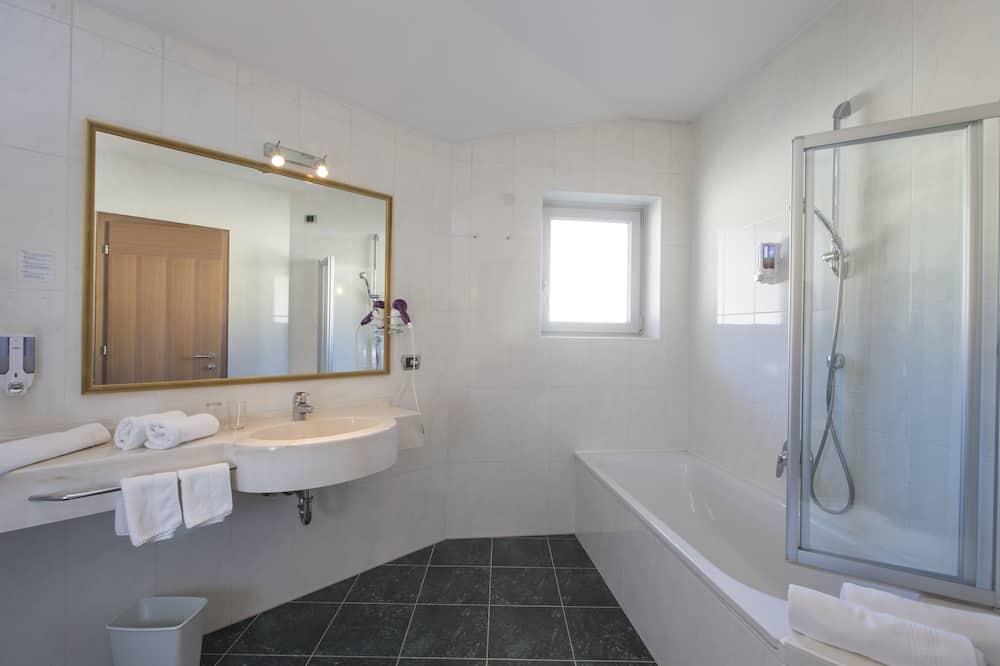 Apartmá, balkon (TIROLO) - Koupelna