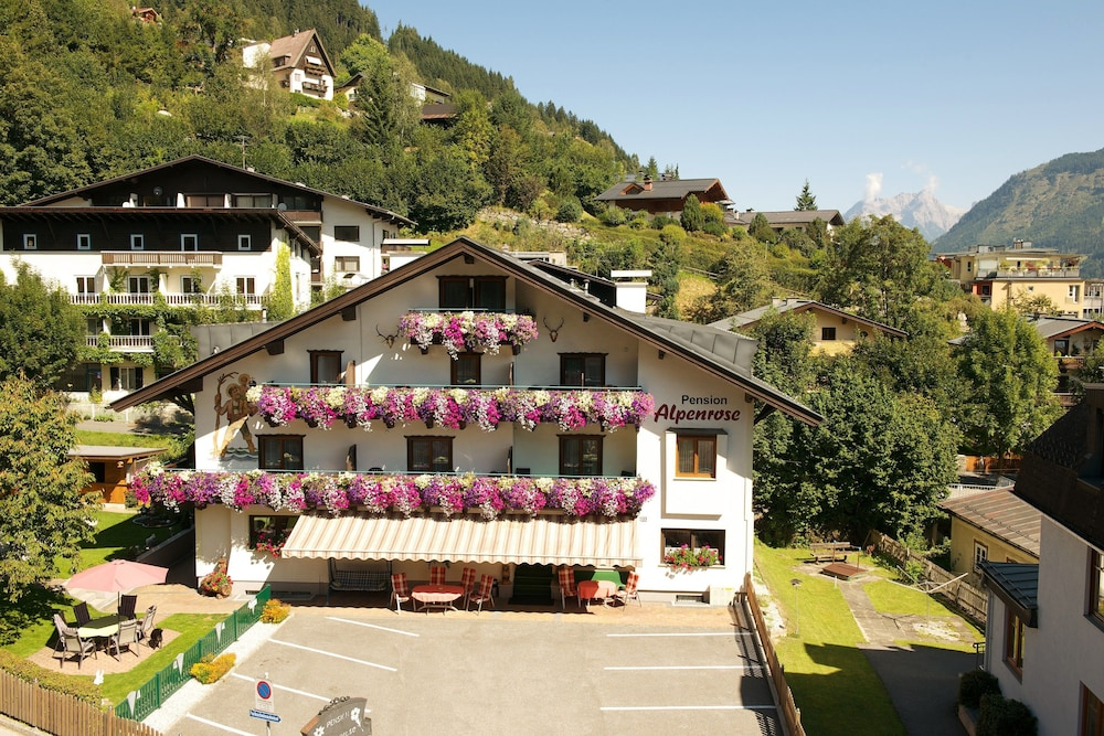 Pension Alpenrose, Zell am See