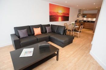 Picture of Celador Apartments - Projection West Serviced Apartments in Reading