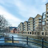 Celador Apartments - Riverside House Serviced Apartments