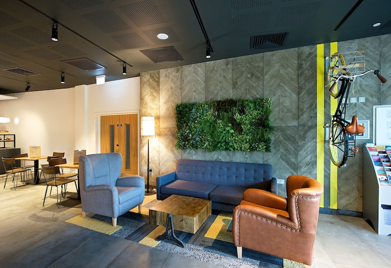 Staycity Aparthotel Manchester Piccadilly, Manchester, Posezení ve vstupní hale