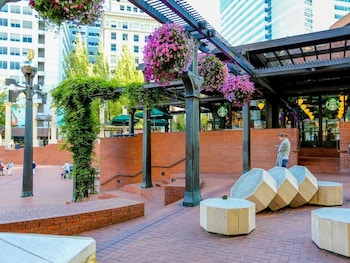Closest Hotels To Arlene Schnitzer Concert Hall In Portland - Hotels near arlene schnitzer concert hall