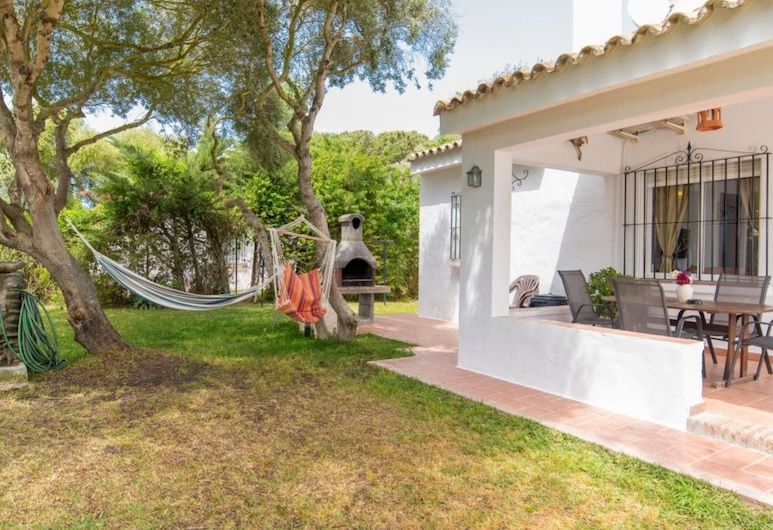 House in Vejer de la Frontera 101276 by MO Rentals, Barbate, Family House, 3 Bedrooms, Room