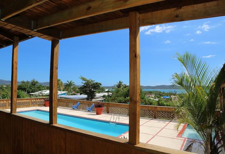 Vistas de la Bahia, Cabo Rojo, Piscina al aire libre