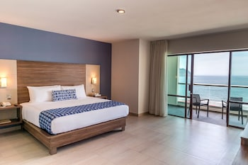 Picture of Ocean View Beach Hotel in Mazatlan