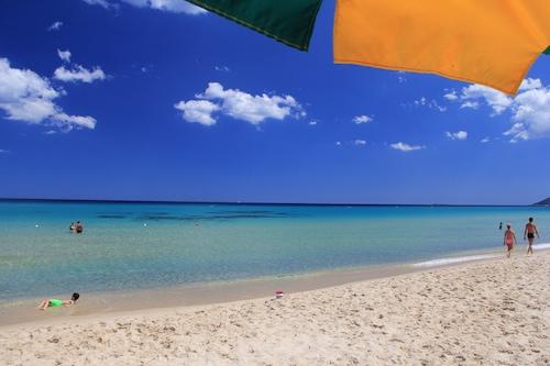 雷伊海灘俱樂部飯店/