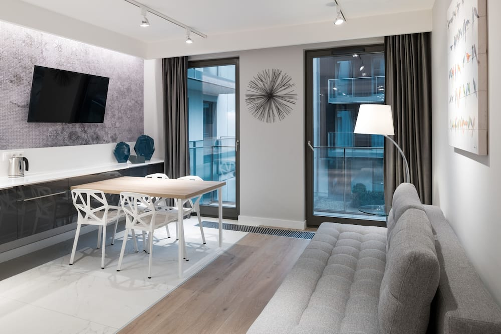 Royal-Apartment, 2Schlafzimmer, Sauna, Gartenblick - Wohnbereich
