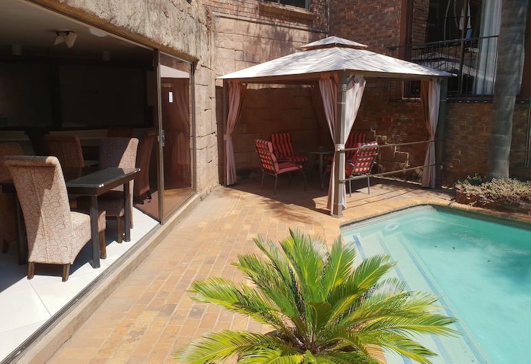 Fa Trez Guest House and Spa, Pretoria, Terrasse/Patio