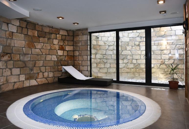 Four Points By Sheraton Kolasin, Kolasin, Indoor Spa Tub