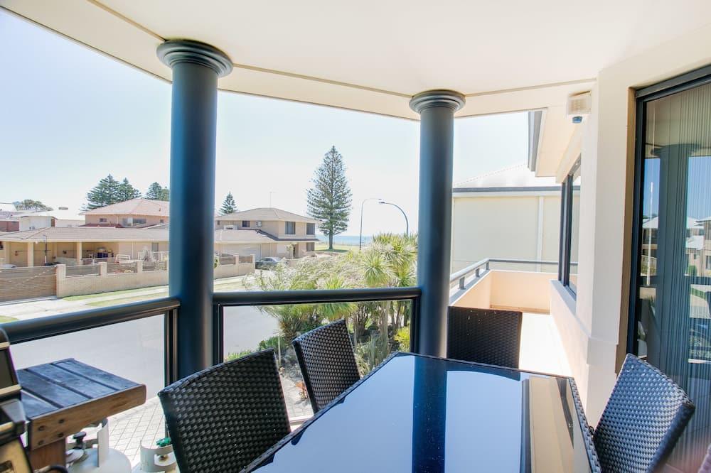 Vila typu Premier, 3 ložnice, výhled na oceán (Villa 2) - Stravování na pokoji