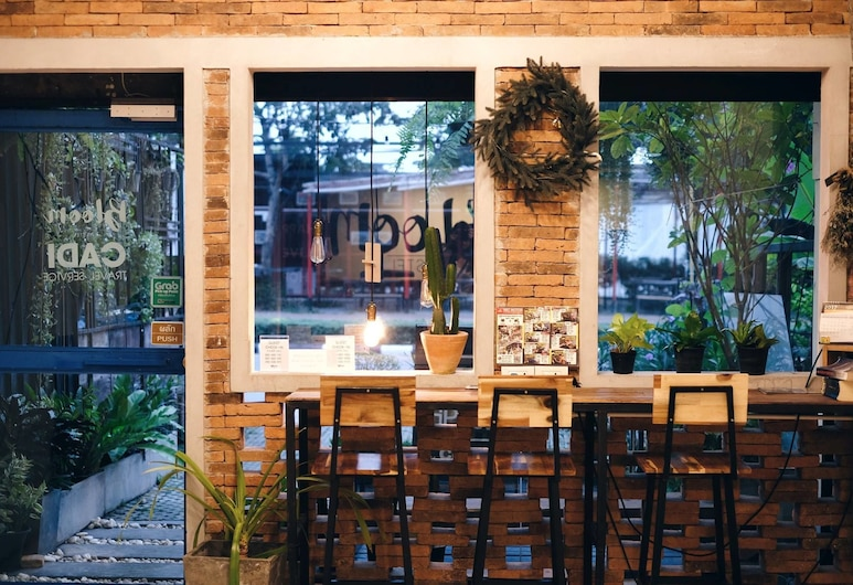 The Bloom Hostel, Chiang Mai, Reception