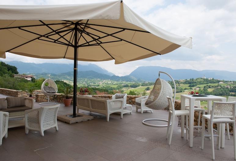 Hotel Villa del Poggio, San Pietro di Feletto, Terrazza/Patio