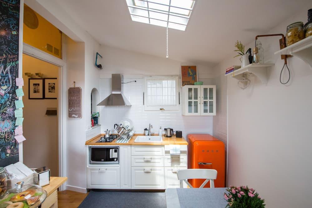 Dvoulůžkový pokoj - Společná kuchyně