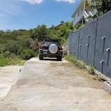 Πάρκινγκ για αυτοκινούμενα τροχόσπιτα και φορτηγά
