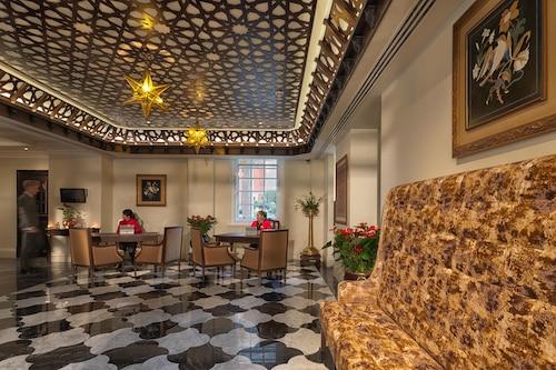 拉利特倫敦酒店/