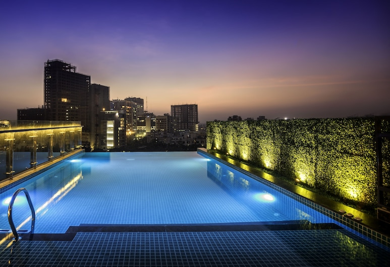 The Raintree Dhaka, Dhaka, Rooftop terrace