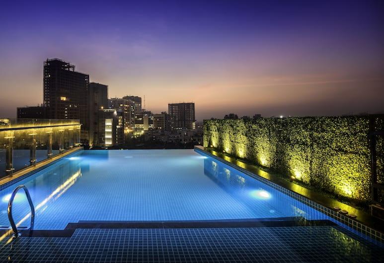 The Raintree Dhaka, Dhaka, Pool