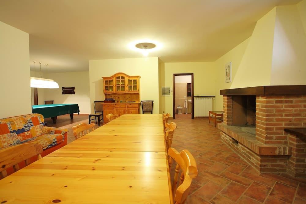 Vila, 4 spálne - Obývacie priestory