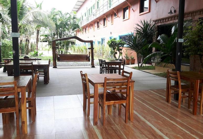 Borai Resort Trat, Bo Rai, Property Grounds