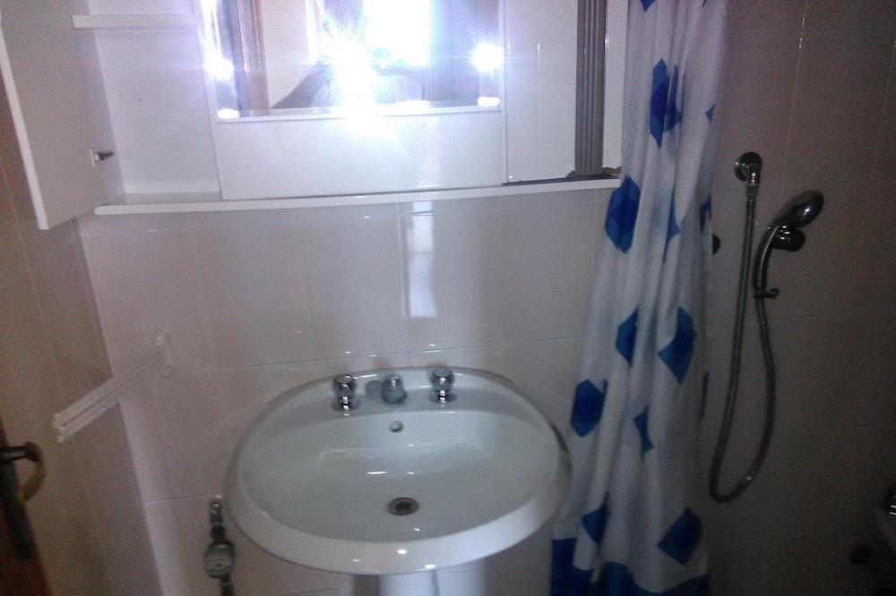 Double Room, Private Bathroom (Rosetta) - Bathroom