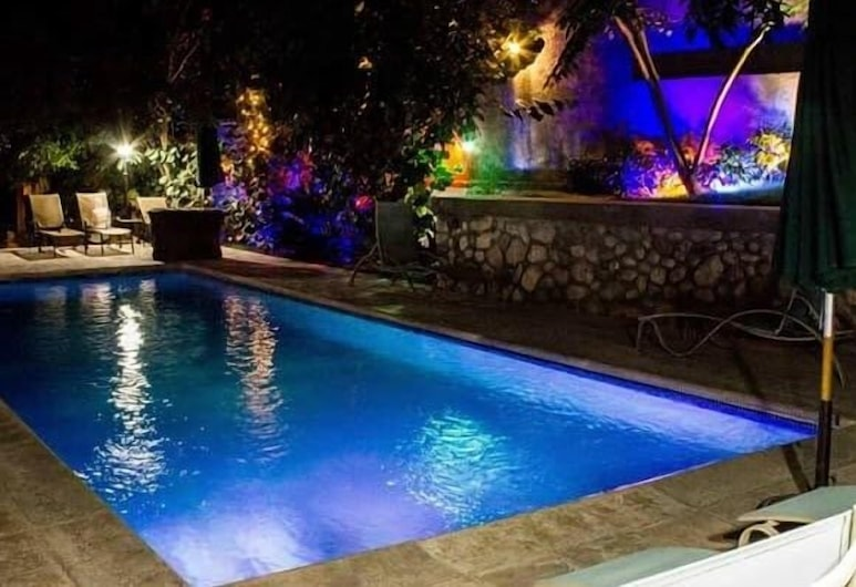Elite Hotel, Port-au-Prince, Piscina all'aperto