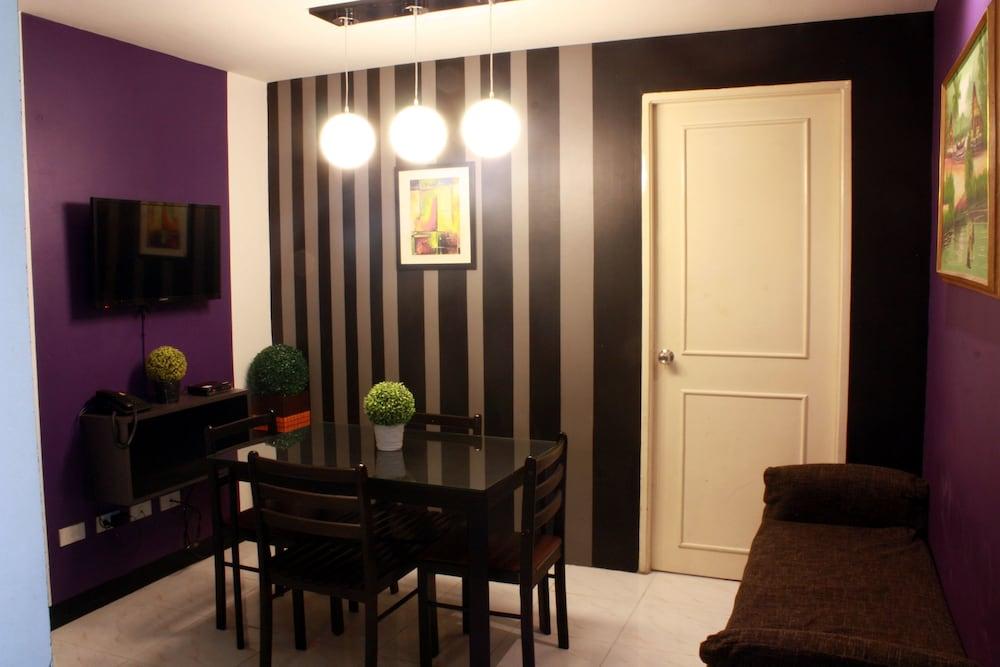 Gentil Fredericku0027s Apartelle, Mandaluyong, 2 Bedroom, Living Area
