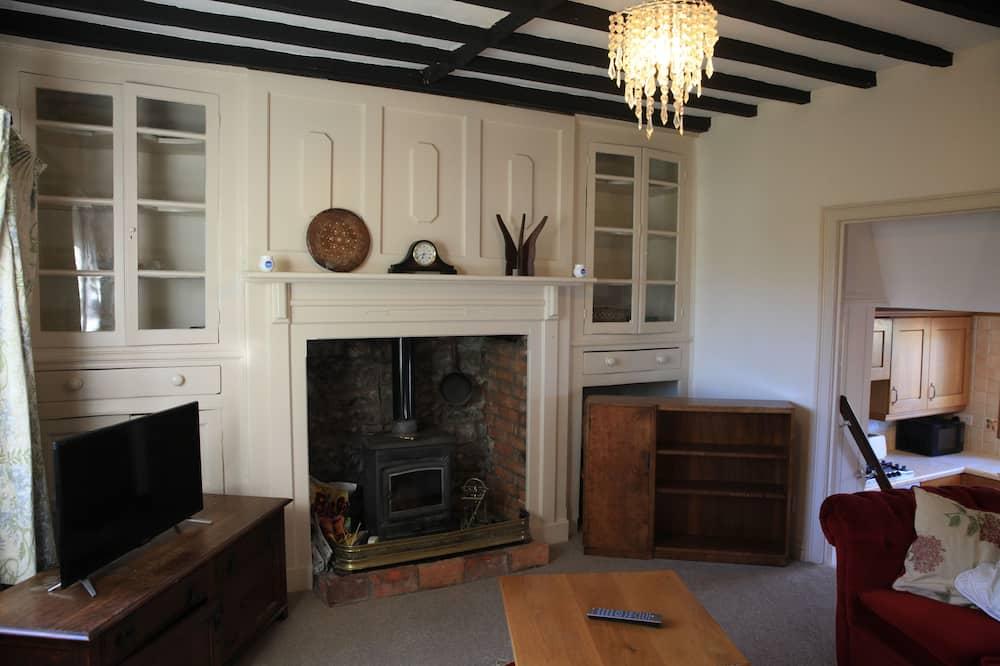 Cottage, 2 Bedrooms (Room 6) - Living Room