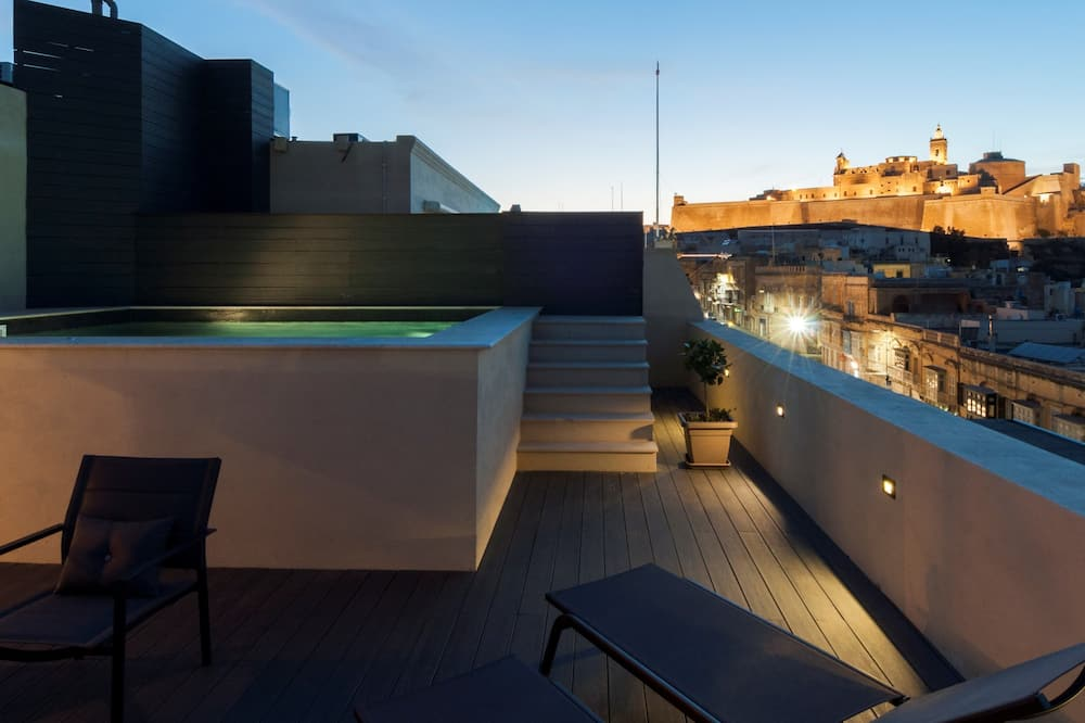 Presidential Suite, Private Pool, Garden View - Balcony View