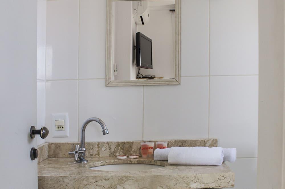 Suite, Meerdere bedden - Badkamer