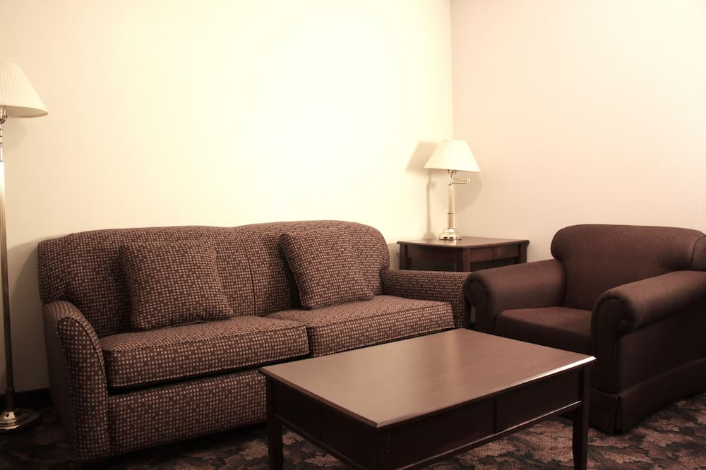 Executive Room, 1 Bedroom (Two Queen Beds) - Living Room