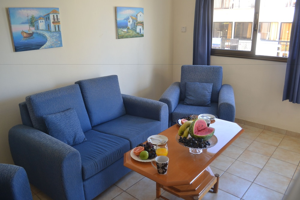 Daphne Apartment Ayia Napa