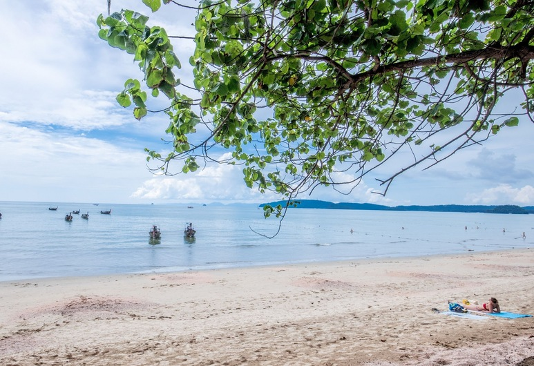 Sugar Marina Resort - Cliff Hanger Aonang, Krabi, Strand