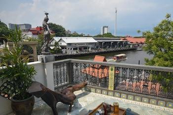 Picture of 5 Heeren in Malacca
