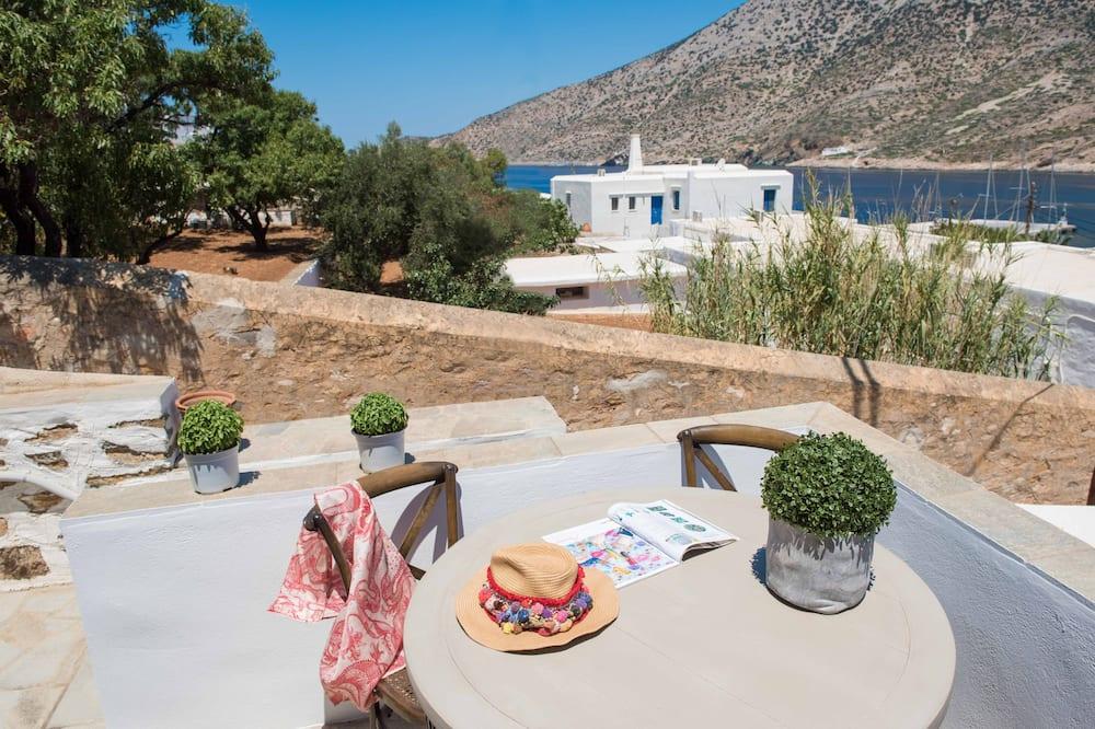 Family Apartment, 2 Bedrooms, Sea View, Sea Facing - Balcony