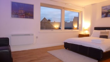 Picture of Infinity Guest Rooms in Glasgow