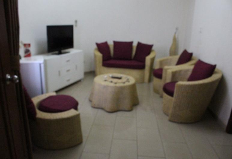 恩姆布荷星宮酒店, 姜鎮, 套房, 客廳