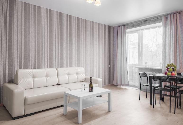Accomodation Service Minsk, Minsk, Comfort-Apartment, 2Schlafzimmer, Stadtblick, Zimmer