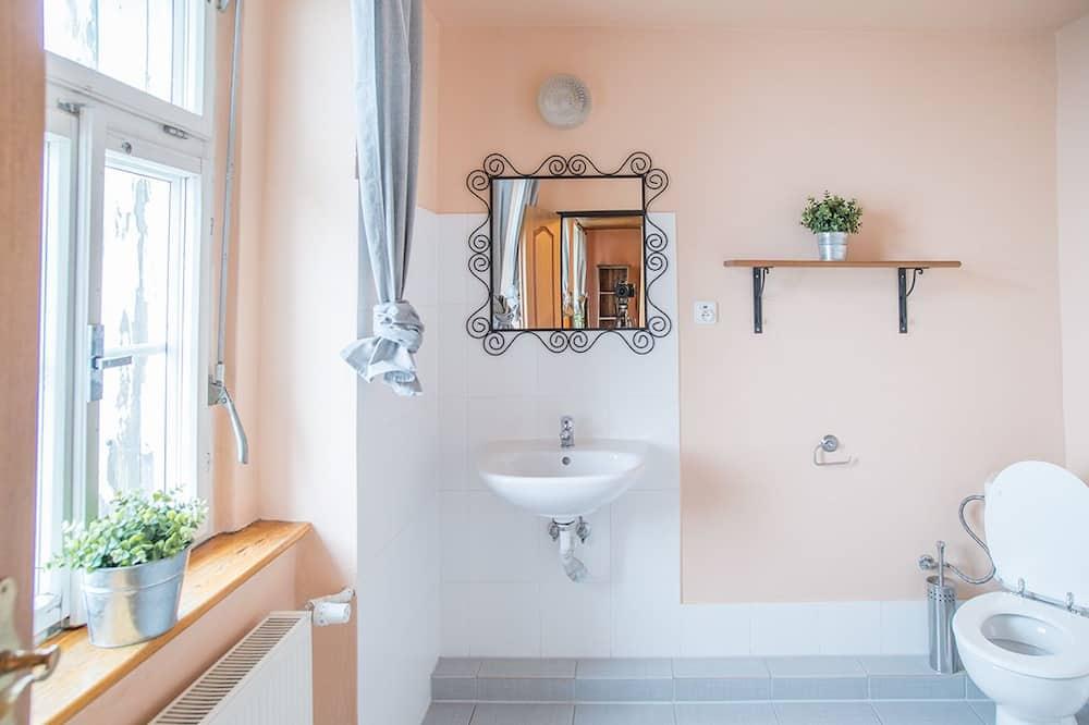 Comfort Triple Room, 1 Bedroom - Bathroom