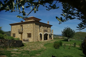 Picture of Sulle Onde Della Collina in Montecorice